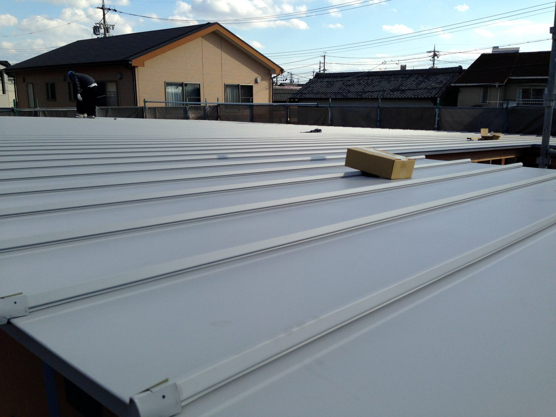 homeKZ 屋根