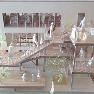 Fujiyoshida-Balcony 模型写真 バルコニーを横から見る