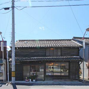 亀崎の蕎麦屋 正面外観(昼景)