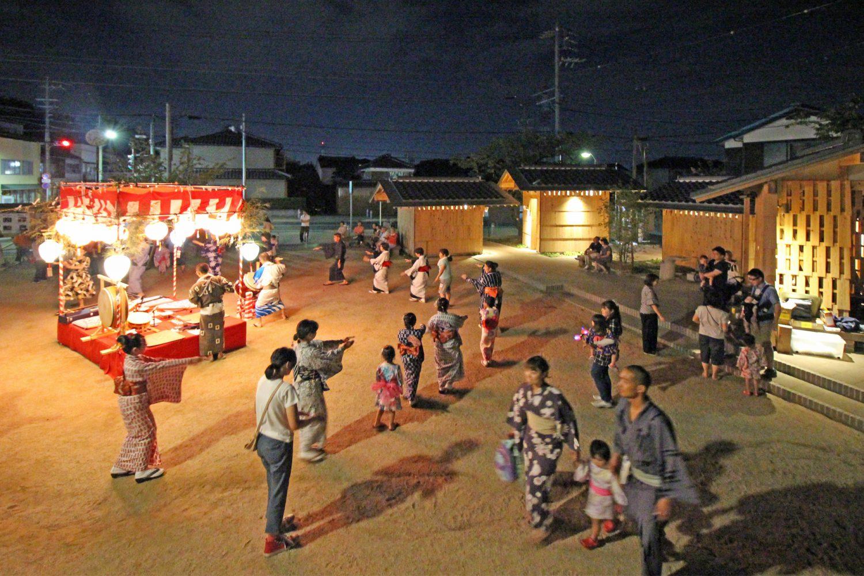 亀崎公園 小唄踊りの夕べ