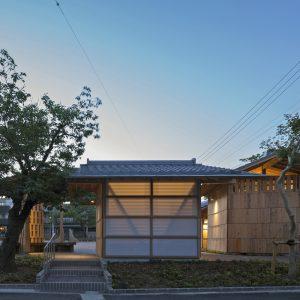 亀崎公園の再編 男子トイレを南側から見る