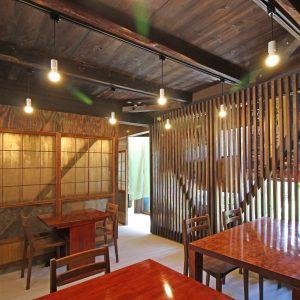 亀崎の蕎麦屋 客席