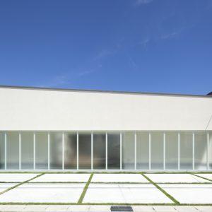 半透明の中庭/homeKZ