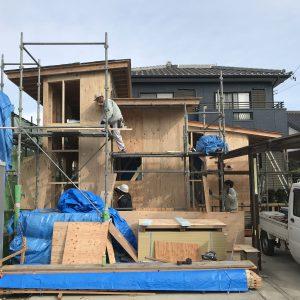 三方向の屋根/annexTK 建て方